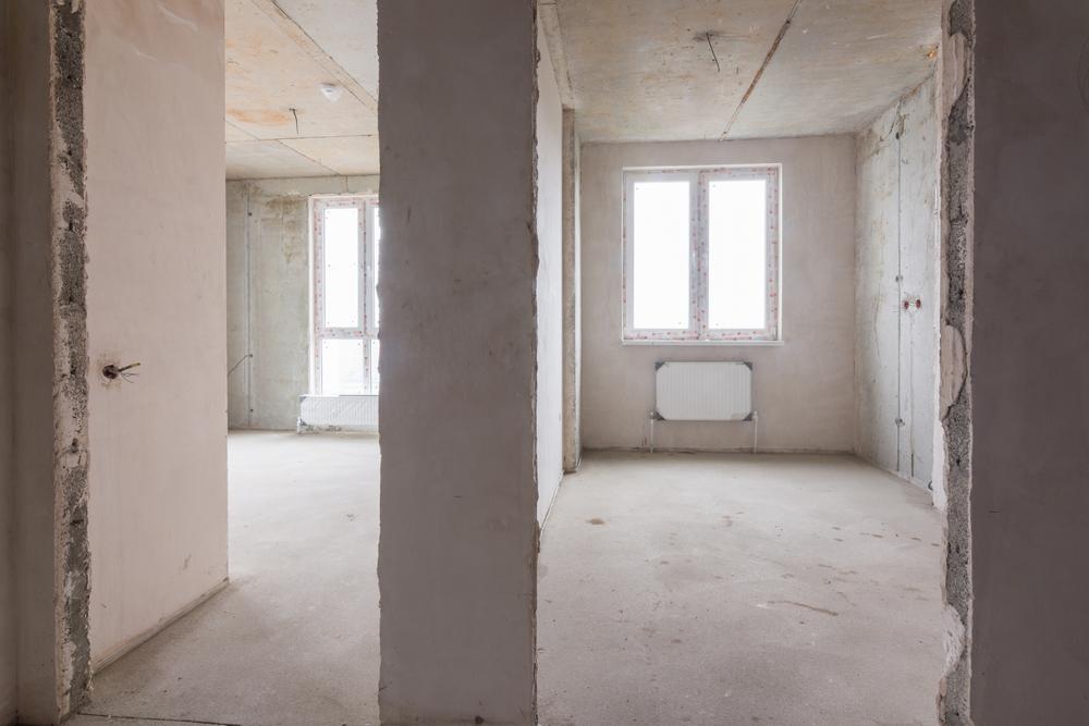 Стена между двумя комнатами