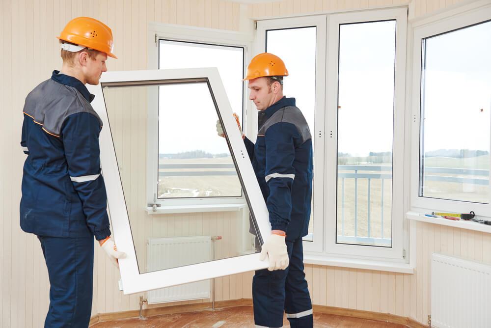 Фиксация пластикового окна
