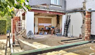 Пристройка к дому своими руками: пошаговое руководство по строительству