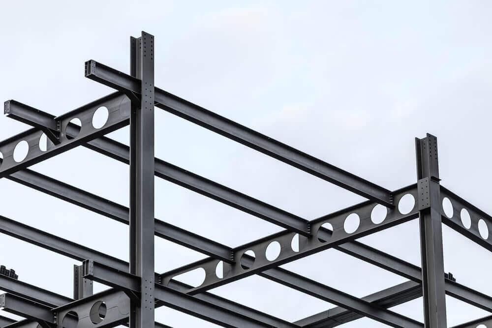 Разделяющие конструкции с металлическими балками